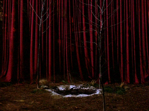 The finale of Twin Peaks upped the ante in bringing back the surreal suspense of the earlier episodes.