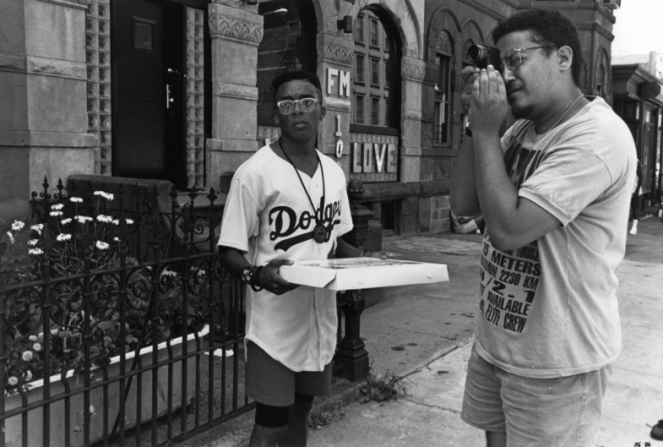 Spike Lee (l) as Mookie and cinematographer Ernest Dickerson (r)